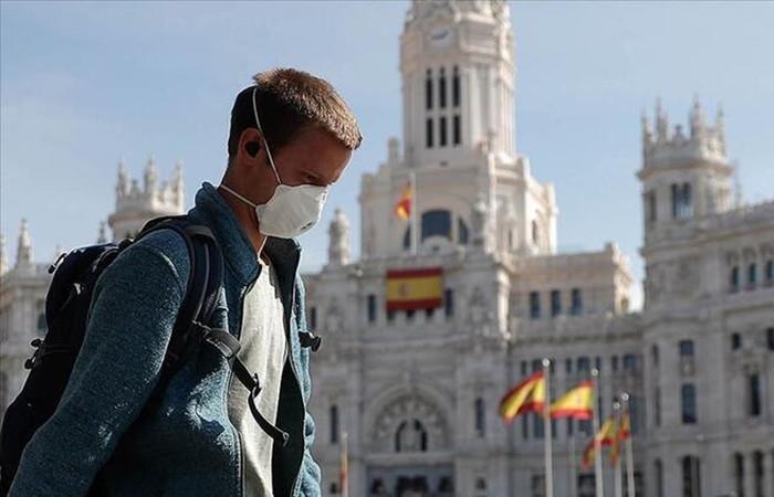 İspanya'da COVID-19 vakalarında rekor artış