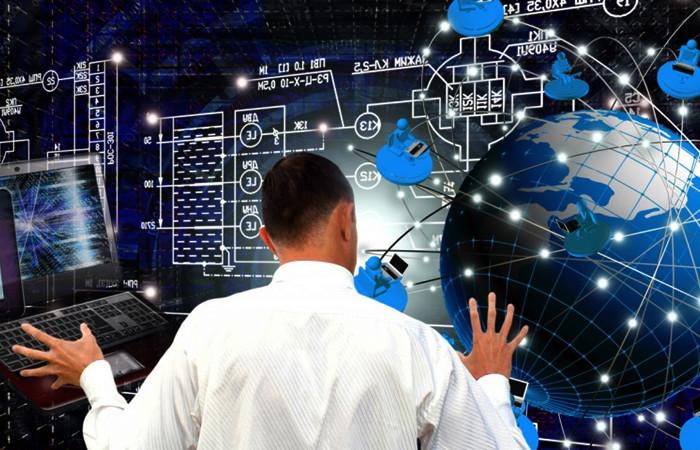 """Kritik teknolojiler için """"uzman"""" ve """"altyapı"""" çalışmalarına hız verilecek"""