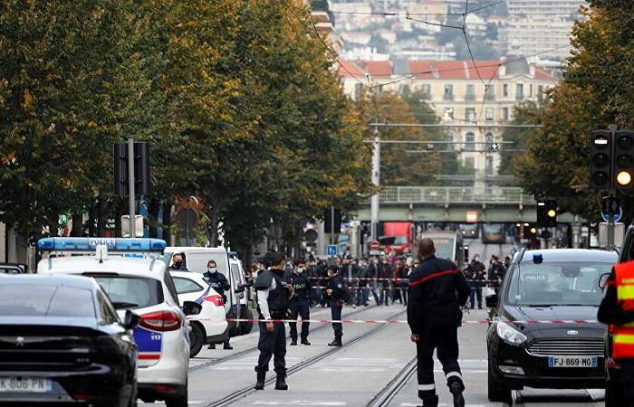Fransa'daki saldırıya tepki yağdı