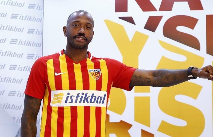 Manuel Fernandes Süper Lig'e geri döndü