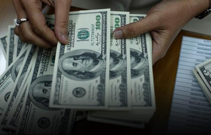 Dolar, zirveden sonra düşüşe geçti