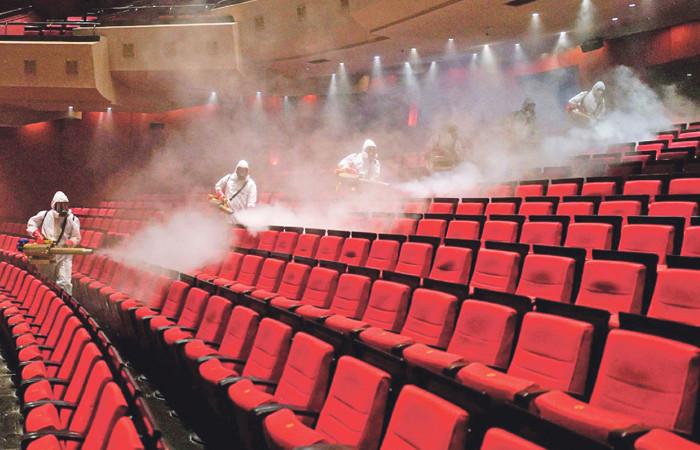 Sinema salonları krizde: Yerli yapımcılar cesur davranmadı