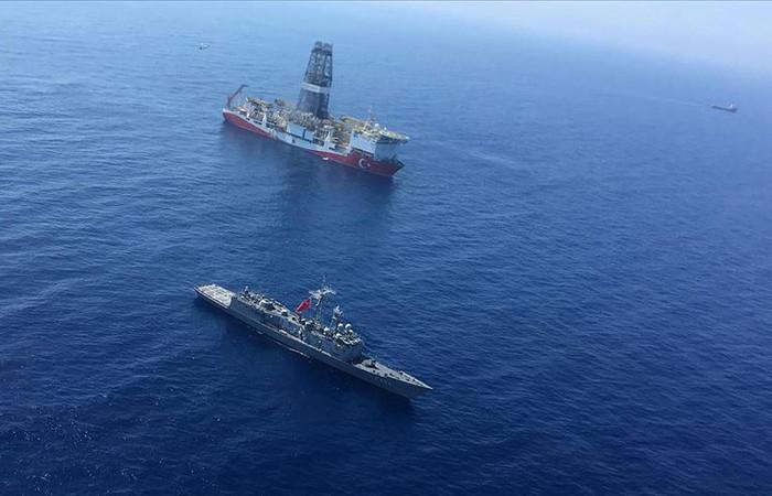 Üçüncü sondaj gemisi 'Kanuni' Türkiye'de