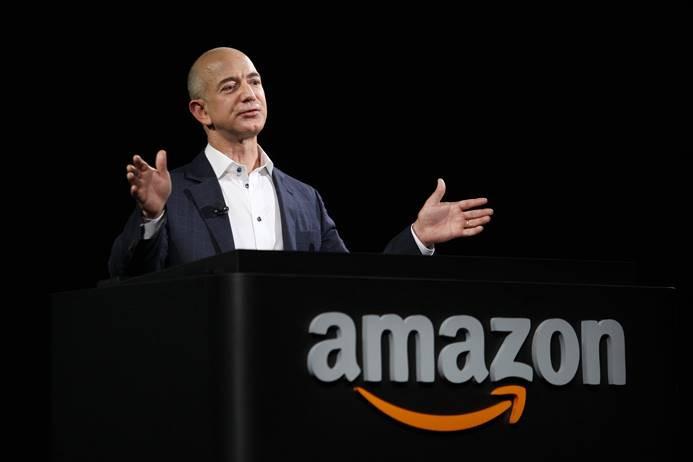 Amazon'un patronu Ay'a uzay aracı gönderecek