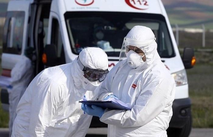Türkiye'de virüsten can kaybı 4 bini aştı