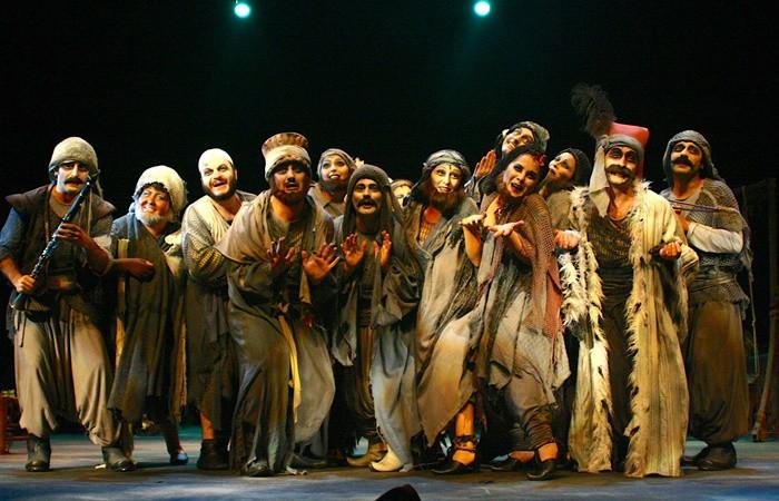 İBB Şehir Tiyatroları Salondan Yayın yeni etkinliklerle sürüyor