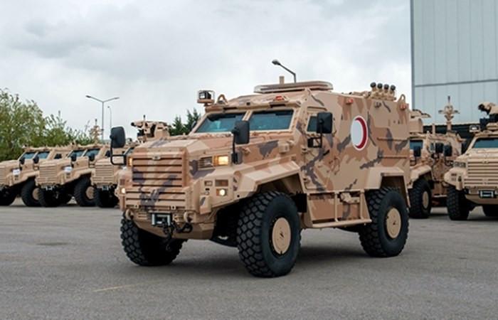 Katar'a 50 zırhlı askeri ambulans