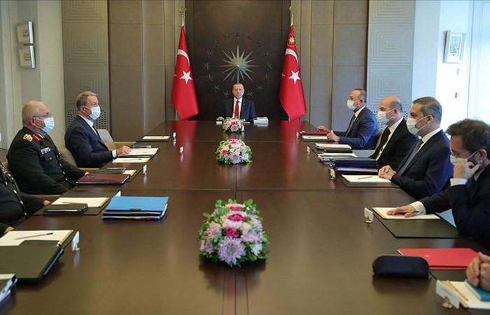 Cumhurbaşkanı Erdoğan başkanlığında 3 saatlik Güvenlik Toplantısı