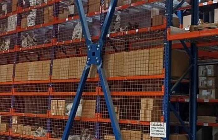 Groupe PSA Türkiye'nin Torbalı'daki yedek parça deposu faaliyete başladı