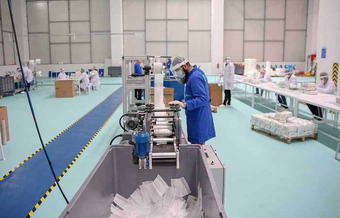 A&S Holding, ayda 1,5 milyar adet cerrahi maske üretecek