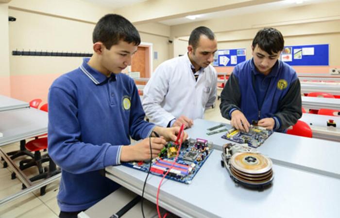 Konya Karatay'da mesleki eğitim desteklenecek