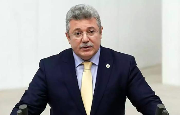 AK Parti'li Akbaşoğlu'nun koronavirüs testi pozitif çıktı
