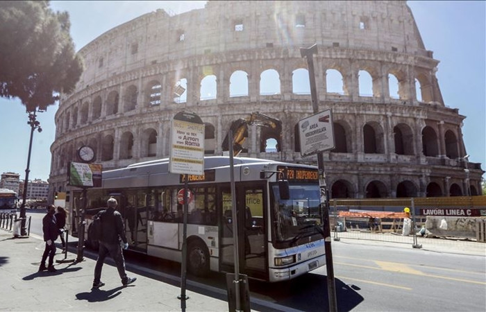 ISTAT: İtalyan ekonomisi 2020'de yüzde 8,3 daralacak