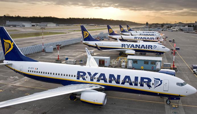 Ryanair maaş kesintisinde uzlaşamazsa 3,500 kişiyi işten çıkaracak