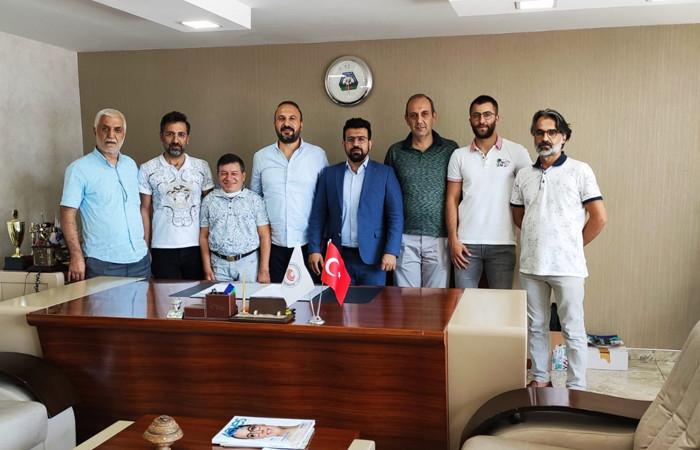 Güneydoğu'daki gözlükçüler odasının yeni başkanı Erdoğan oldu
