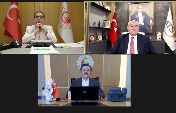 """""""Türkiye net hizmet ihracatçısı konumunda"""""""